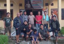 Pelaku pembunuhan di Kampung Bumi Dipasena Makmur bernisial IT als PA, saat diringkus Polsek Rawa Jitu Selatan bersama Tekab 308 Polres Tulang Bawang